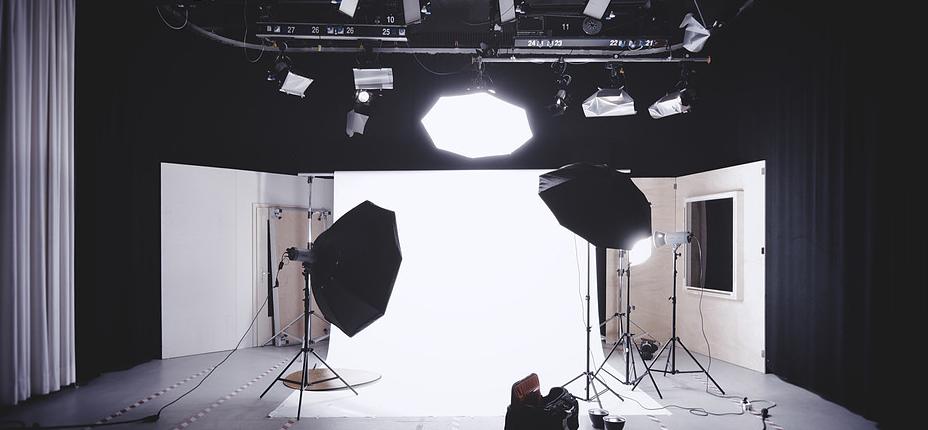 Fond studio ADN Films